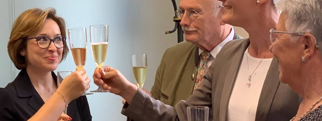 BIOGRUND Cheers